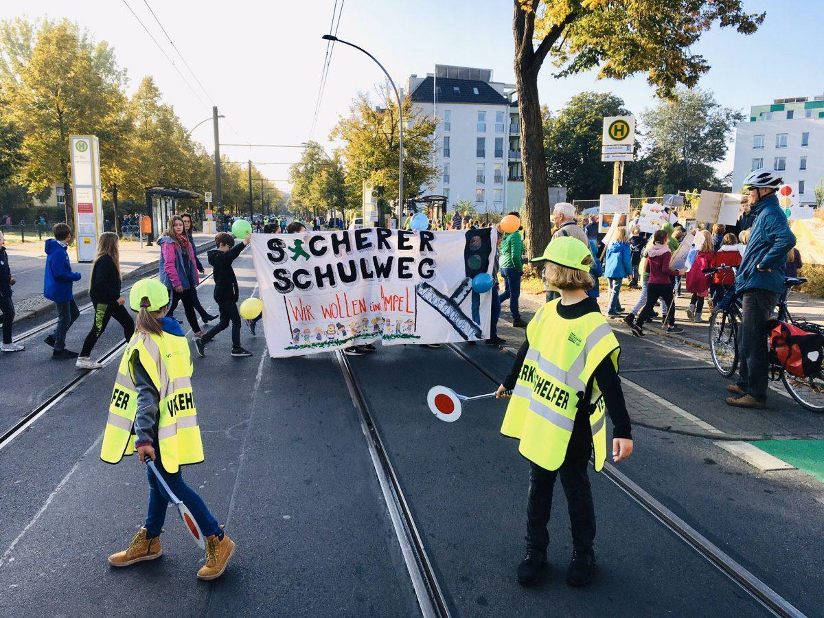 Schüler-Demo Wendenschloßstraße 2019